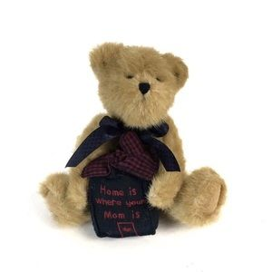 """Boyds Bear NWT """"Home Is Where Your Mom Is"""""""
